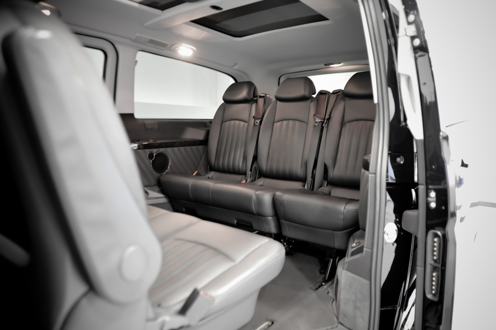 hire the mercedes viano ambiente mpv civilised car hire. Black Bedroom Furniture Sets. Home Design Ideas