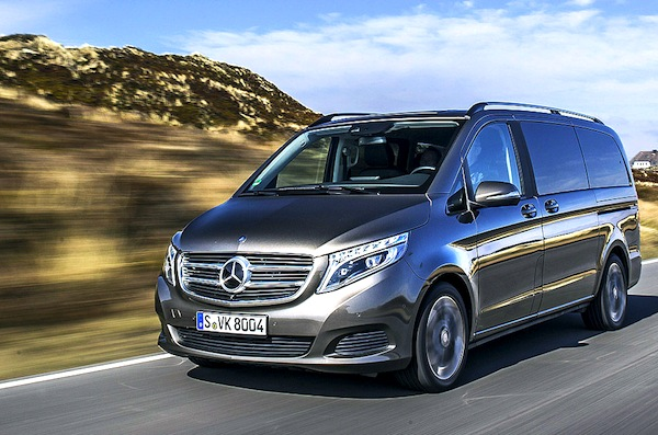 Mercedes v class price germany for Mercedes benz germany careers