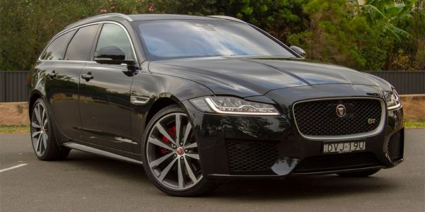 2018-Jaguar-xf-sportbrake-first-edition-30d-wagon-black-peter-anderson-1200×800-(1)