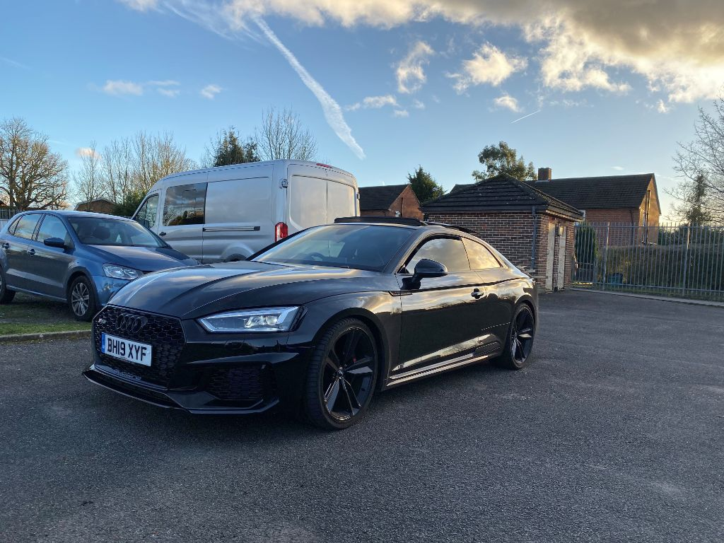 LEASE OFFER – Audi RS5 Coupe Sport Edition 450 PS